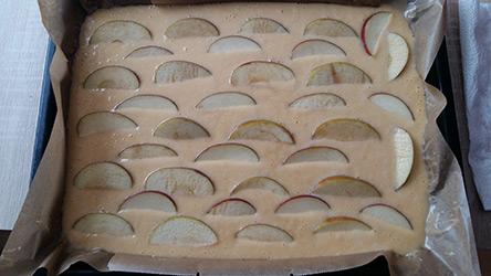 Fanta Apfelkuchen - Kinder backen gerne