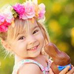Kinder und die Geschichten vom Osterhasen